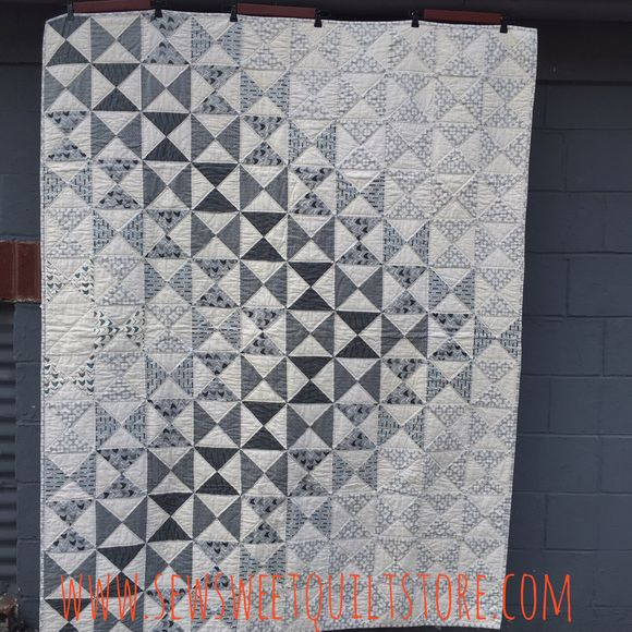 image from http://sewsweetquiltshop.typepad.com/.a/6a0120a5731e29970b01bb0909e331970d-pi